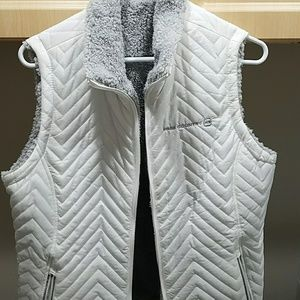 NWT FREE COUNTRY VEST
